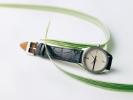 【TASAKI】繊細な感性が息づく腕時計とコーディネート自在なリング