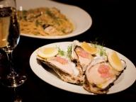 本当は教えたくない、絶品牡蠣料理を堪能できる3軒 VOL. 01