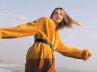 【BOTTEGA VENETA】フレッシュなカラーのシアリングファーコート