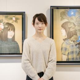 透明感に満ちた絵を描く、澄んだ瞳の日本画家-田口由花