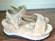 ヒール靴のリハビリはじめました