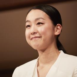 「自分らしさ」を貫いたスケート人生とは。 浅田真央の、笑顔と涙の引退記者会見を振り返る