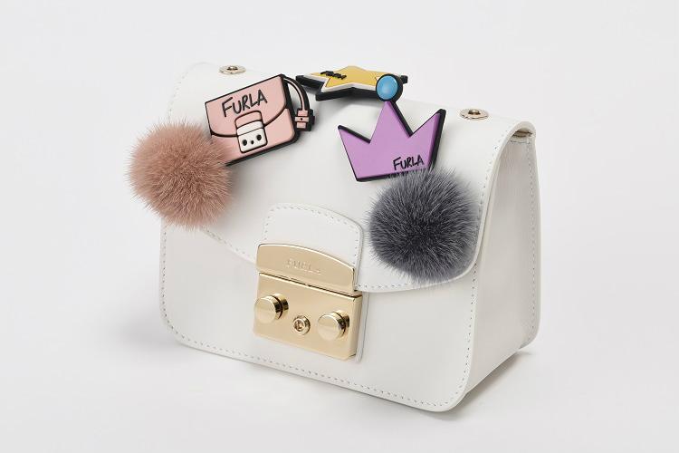 554a0ad29b7f フルラが「フルラ  アートパトロネージチャリティ」を日本でスタート。アーティストやセレブリティとのコラボレーションにより制作された、オリジナルバッグの売上を原 ...
