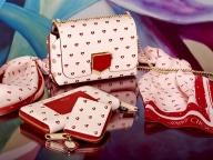 ハート&スターモチーフがキュート! ジミー チュウのバレンタインコレクションが発売