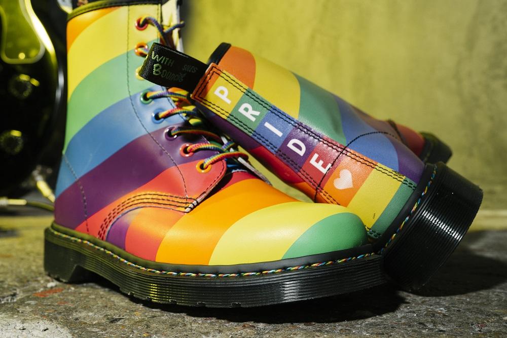 ブーツ「プライド」¥28,000/ドクターマーチン・エアウエア ジャパン