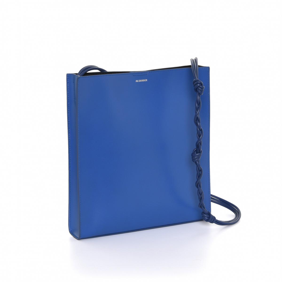 バッグ「タングル ミディアム」〈H28×W26×D5㎝〉¥120,000/オンワードグローバルファッション(ジル・サンダー)