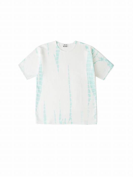 Tシャツ ¥28,000[表]