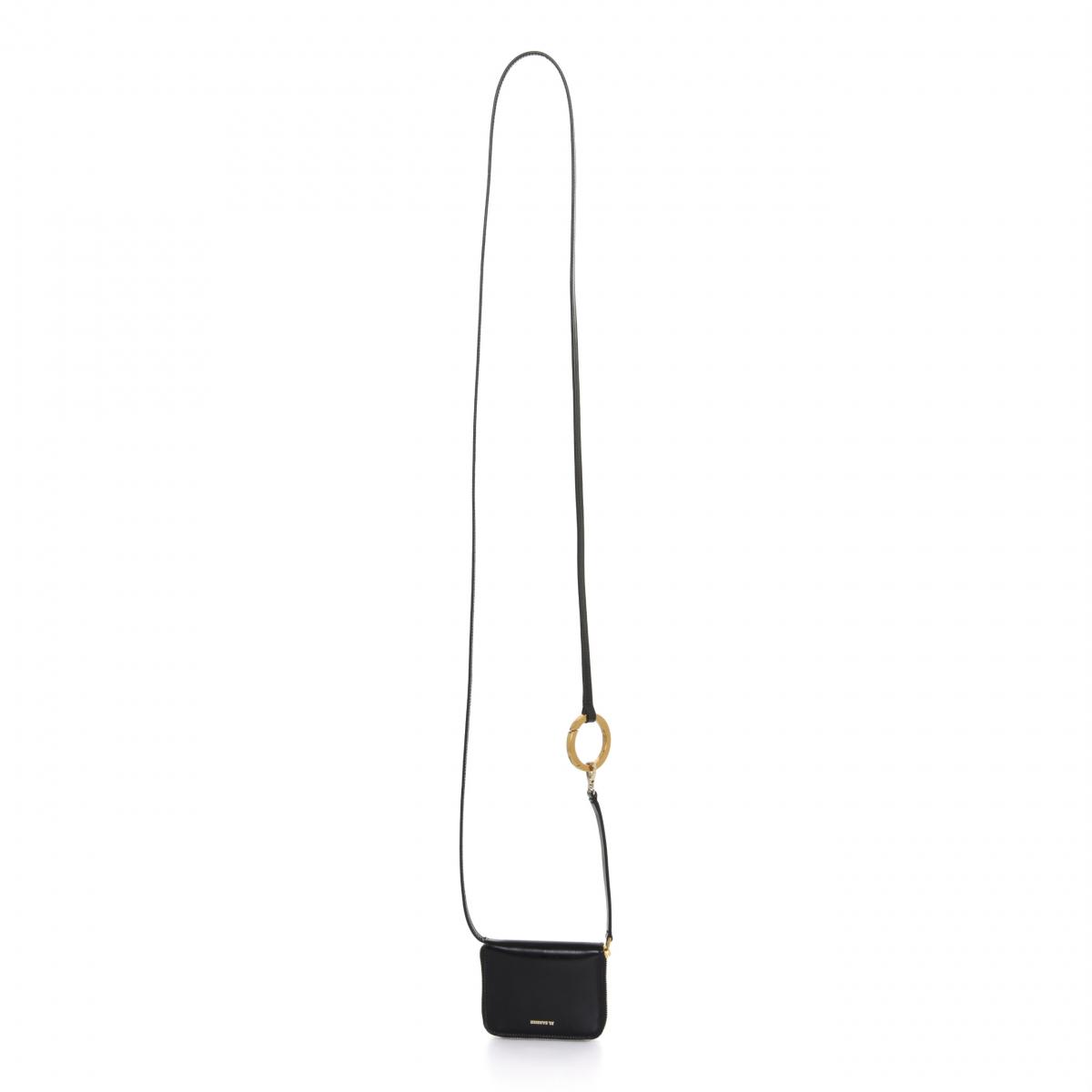 財布「フックジップアラウンドウォレット スモール」¥58,000/オンワードグローバルファッション(ジル・サンダー)