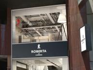 ロベルタ ディ カメリーノが東京・有楽町に旗艦店をリニューアルオープン、新ラインもデビュー