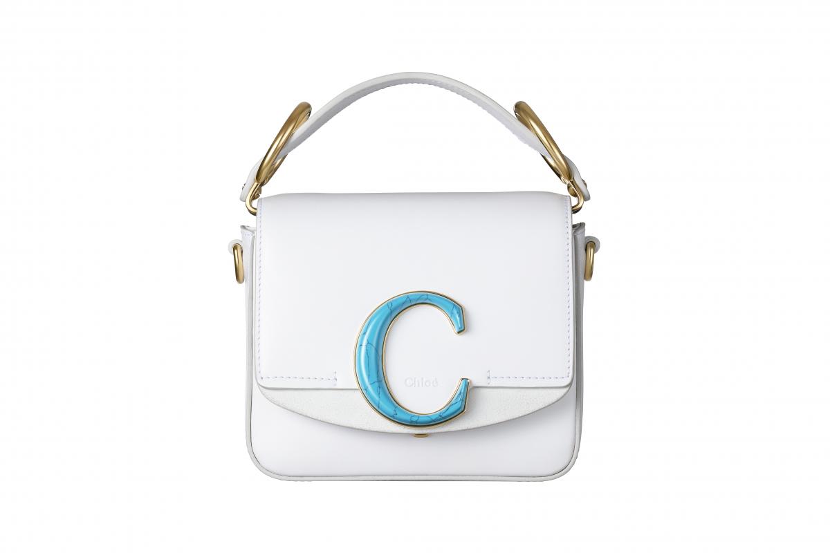 バッグ「CHLOE C」(伊勢丹新宿店ポップアップブティック限定)〈H13×W16×D5㎝〉¥170,000/クロエ カスタマーリレーションズ(クロエ)