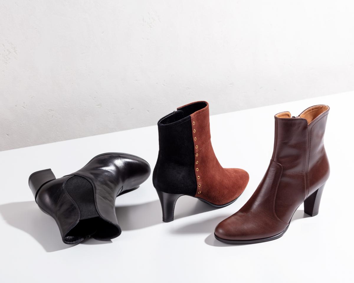"""(左から)ブーツ""""F80K BC""""(ブラック)<H5㎝>¥23,000・ブーツ""""F81K BE""""(ブラウン×ブラック)<H6.5㎝>¥25,000・ブーツ""""F78F CD""""(ダークブラウン)<H7.5㎝>¥34,000/リーガルコーポレーション(リーガル)"""