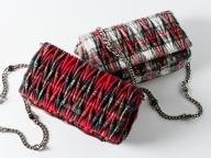 ミュウミュウのポップアップストアにて、新作バッグ「タータン コレクション」を発売