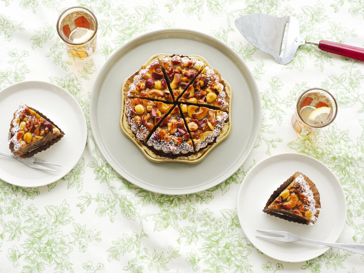 見つけた!! 最高の【4種の木の実のアーモンドタルト】のんびりベランダカフェで
