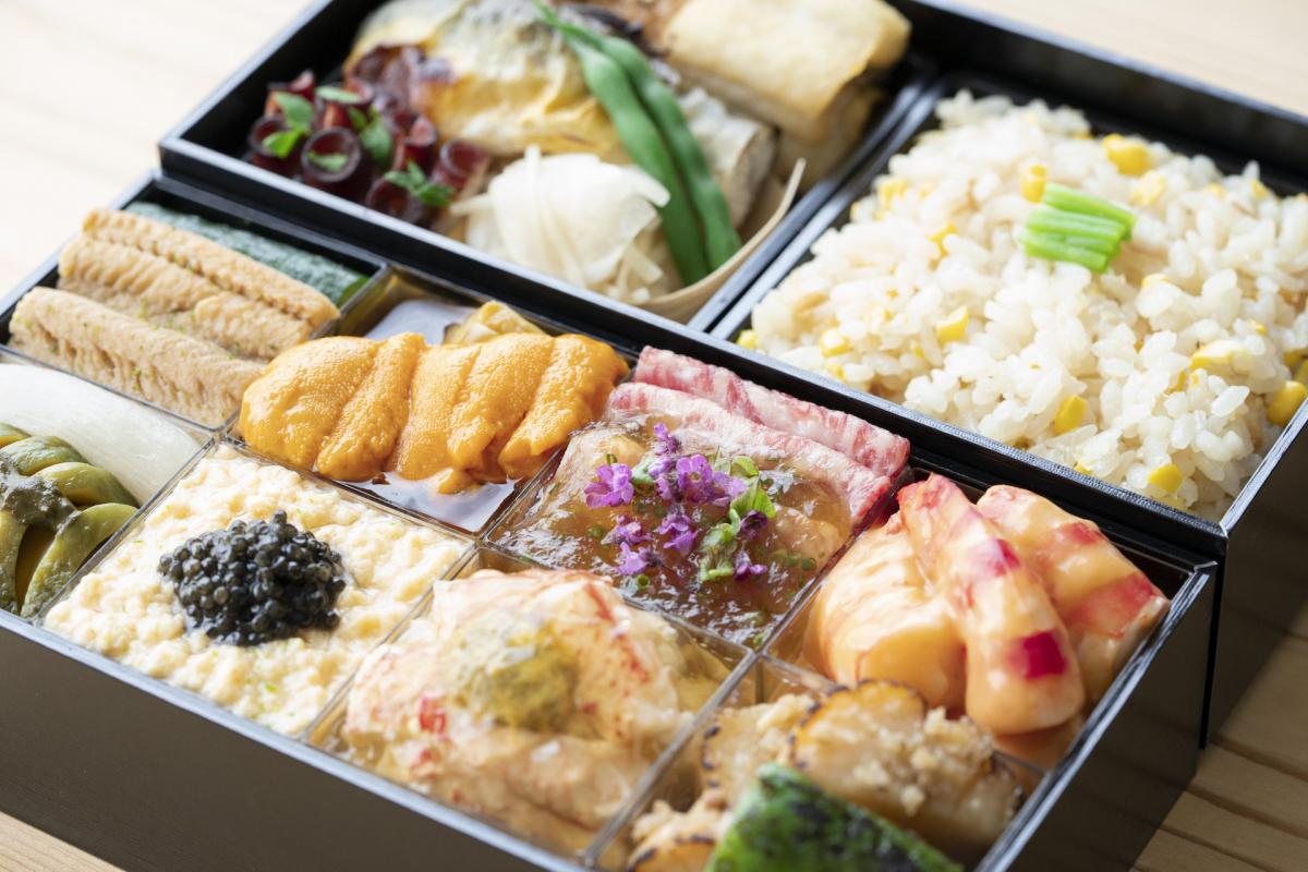 和食の名店がコラボレーション! 四季の彩りを食前に移した折詰