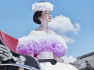 モード派花嫁必見! トリートがファッションデザイナー「TOMO KOIZUMI」とのコラボレーションドレスを発表