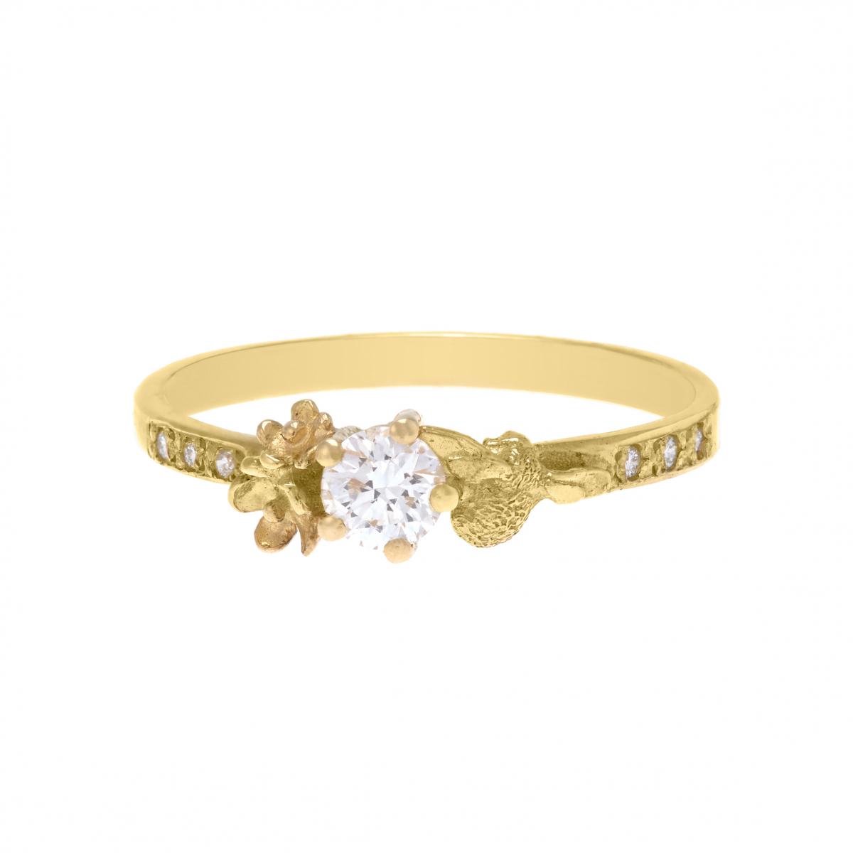 リング〈K18YG、ダイヤモンド0.25ct〉¥390,000