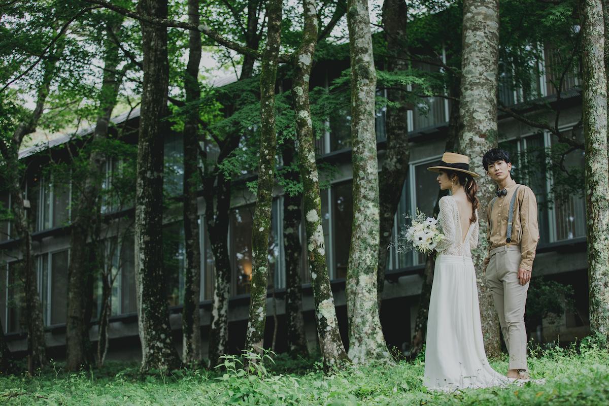 フォトウェディングと家族婚がセットになった箱根リトリート