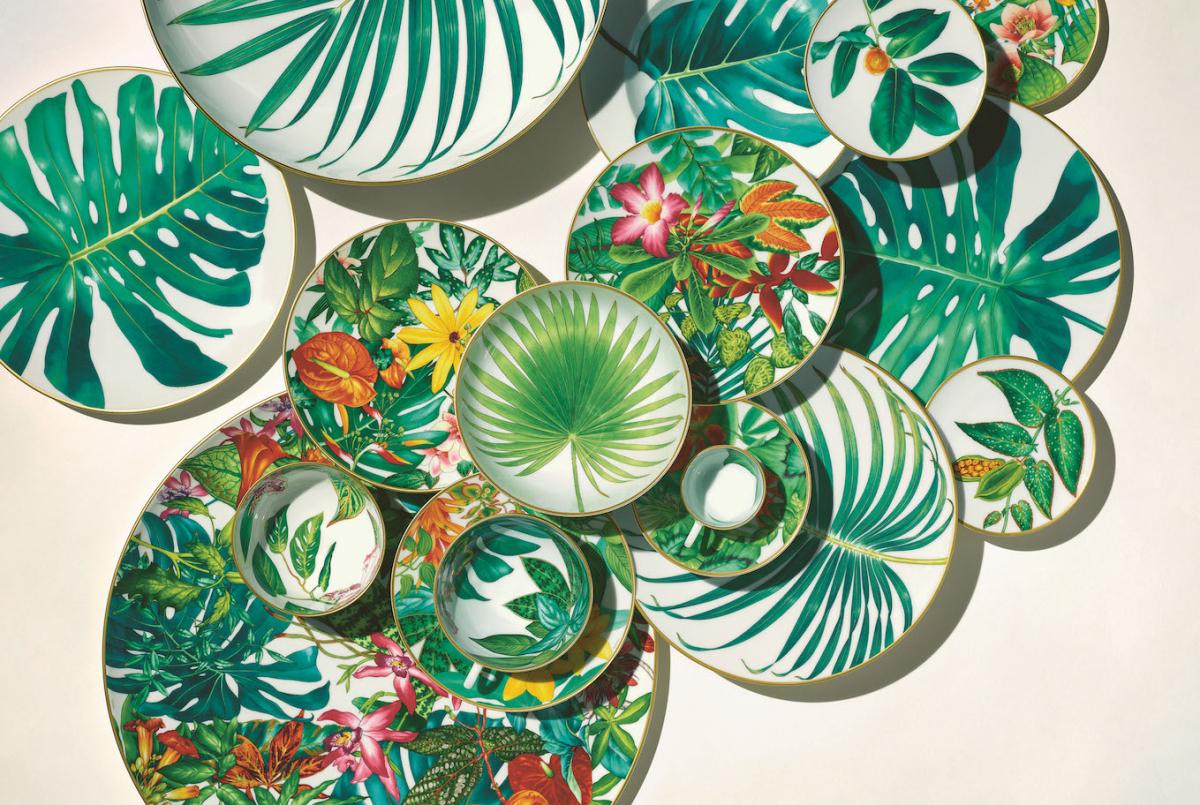 トロピカルな楽園にテーブルが華やぐ、アートなテーブルウエア【Hermès】