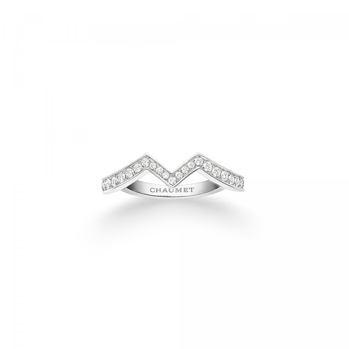 「ジョゼフィーヌ」コレクション アムール デグレット バンドーリング〈Pt、ダイヤモンド〉¥353,000