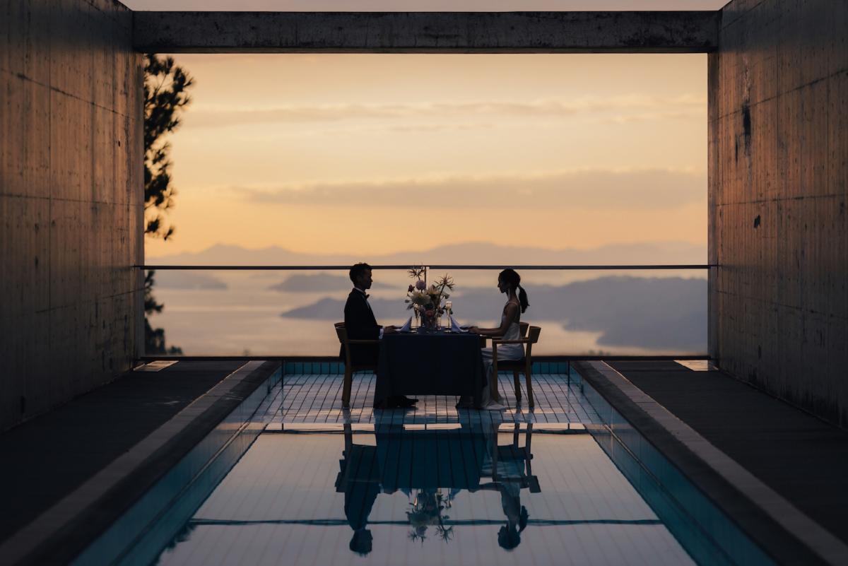 瀬戸内海を望む安藤忠雄建築で過ごす、静謐なひと時