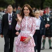 英王室のカナダ訪問、キャサリン妃のワードローブを一挙公開