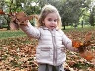 スウェーデンのエレノア王女、可愛すぎる秋スタイルをお披露目