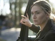 第73回エミー賞を制するのは? 『メア・オブ・イーストタウン / ある殺人事件の真実』ほか、エディターが選ぶ「観て損無し!」のおすすめ海外ドラマ