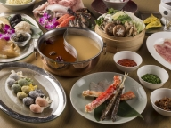 世界三大珍味や燕の巣など高級食材たっぷりの「グランド ハイアット 東京」の贅沢火鍋で開運!