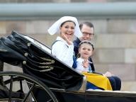建国記念日にスウェーデンロイヤルが可憐な衣装で集合!