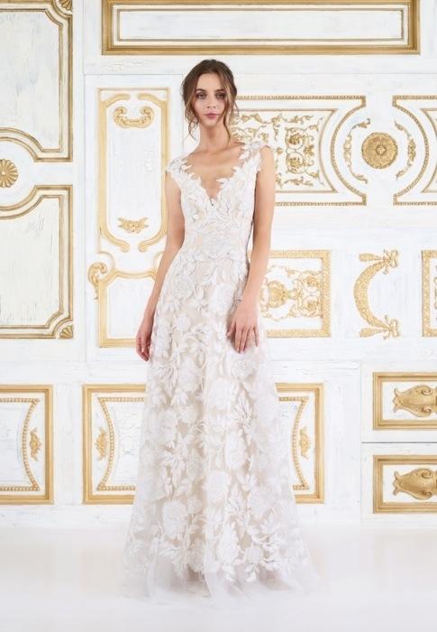 ウェディングドレス (ロマンティック) ¥200,000