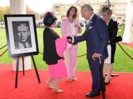 チャールズ皇太子がバッキンガム宮殿でガーデンパーティ開催