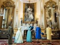 エリザベス女王のワードローブ展が7月末より開催