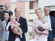 モナコ、シャルレーヌ妃のママスタイルから目が離せない!