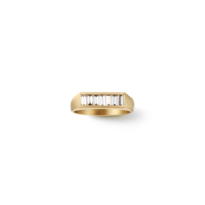 Baguette Diamond Signet Ring〈18KYG、ダイヤモンド〉¥352,000