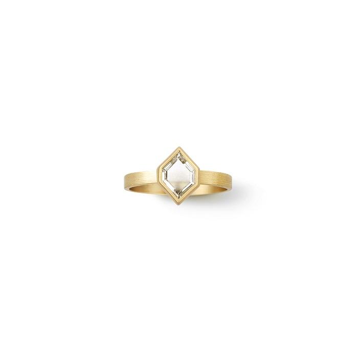 Hexagon Ring〈18KYG、ダイヤモンド〉¥550,000