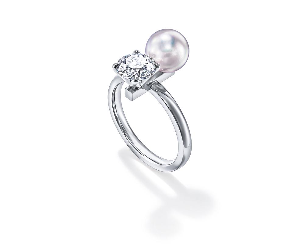 リング〈Pt950、ダイヤモンド1.0ct、あこや真珠〉¥250,000