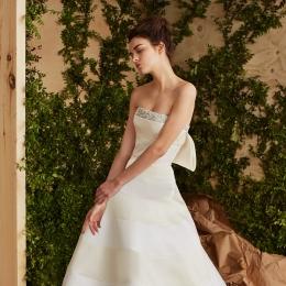 ノバレーゼにNYコレクション発の新作ドレスが続々入荷