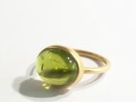 【MARIHA】石の美しさを引き出すマットなゴールドの質感にも注目
