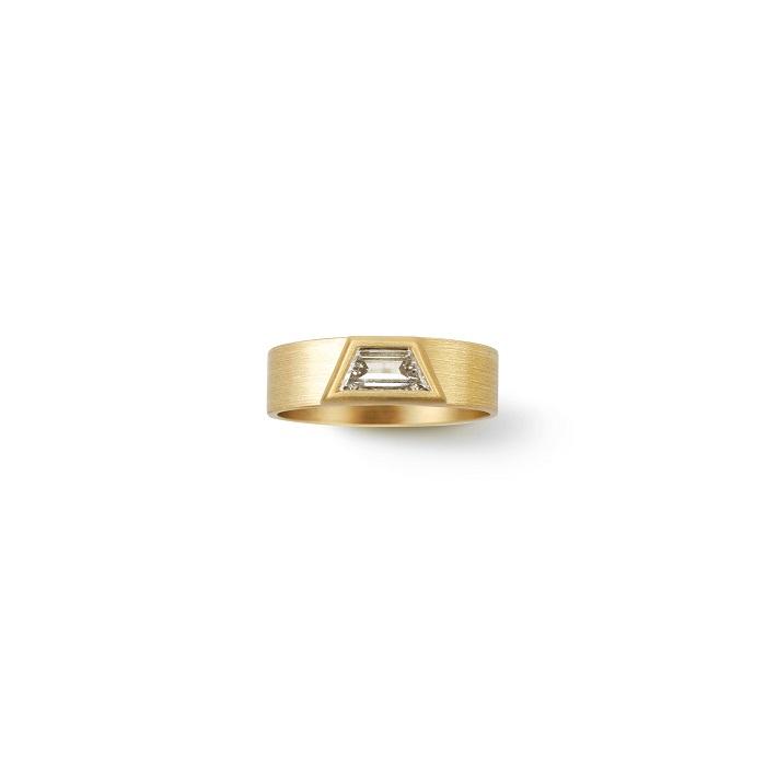 Trapezoid Ring〈18KYG、ダイヤモンド〉¥495,000