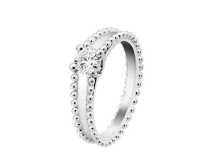 「エステル ソリティア」エンゲージメントリング〈PT、ダイヤモンド0.3ct〜〉¥700,000〜