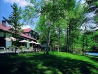 新緑のリゾートで叶える、ガーデンウェディング・ガイド