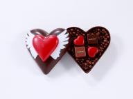 """""""ハートのショコラ""""で贈る感謝の気持ち。ジャン=ポール・エヴァンから母の日コレクションが到着"""
