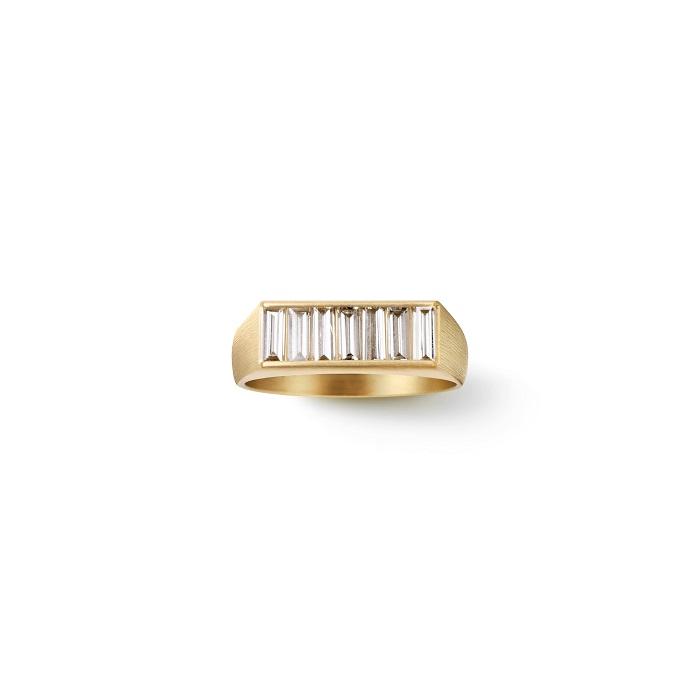Baguette Diamond Signet Ring〈18KYG、ダイヤモンド〉¥550,000