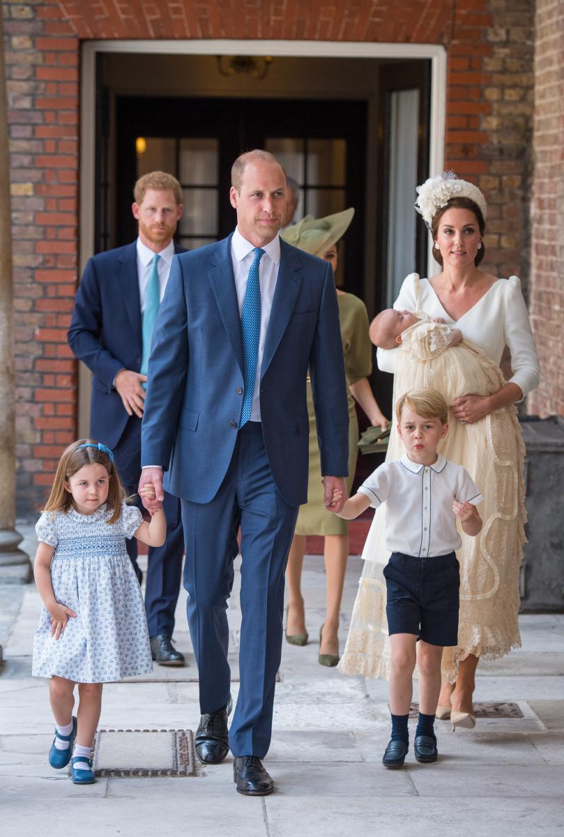 ウィリアム王子一家5人が揃って公の場に初登場。