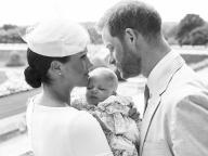 英王室メーガン妃、長男アーチー・ハリソンの洗礼式に「特別な日のピアス」を着用!