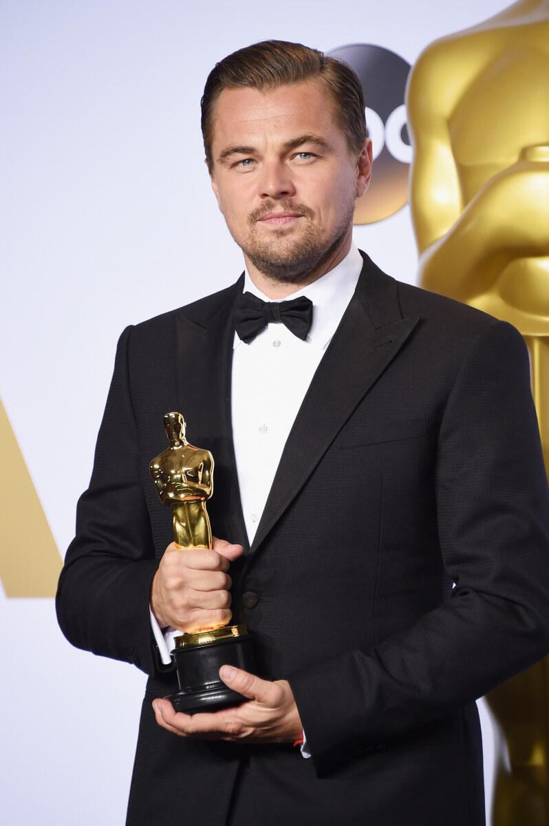 映画『レヴェナント:蘇えりし者』で、悲願のアカデミー賞主演男優賞を受賞したレオナルド・ディカプリオ。