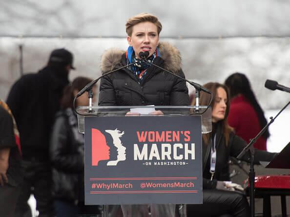 2017年の「ウーマンズ・マーチ」では、米ドナルド・トランプ大統領を批判したスカーレット・ヨハンソン。
