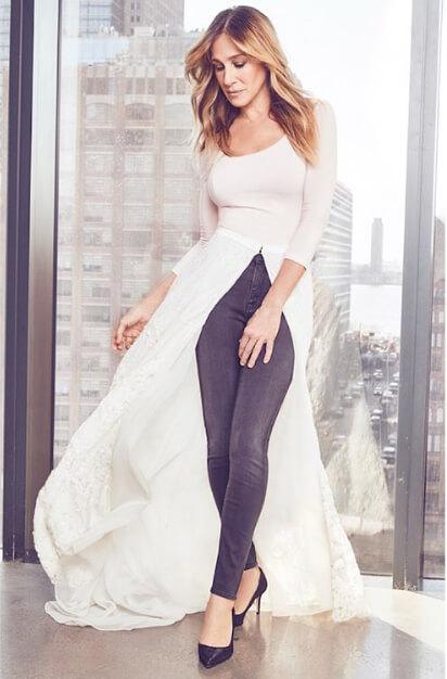自身のブライダルコレクション「SJP・バイ・サラ・ジェシカ・パーカー ブライダル・コレクション」のドレスに身を包んだサラ・ジェシカ・パーカー。