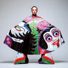 ファッション界随一のファンタジスト、山本寛斎が再ブームに<前編>