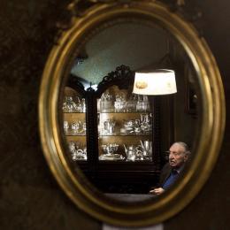 消えゆく美を守り続けるイタリア最古のジュエリー店「カルリ宝飾店」